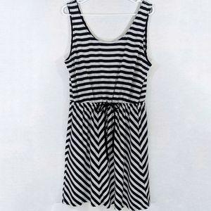 3/$20 A NEW DAY B&W Stripe Drawstring Dress XL
